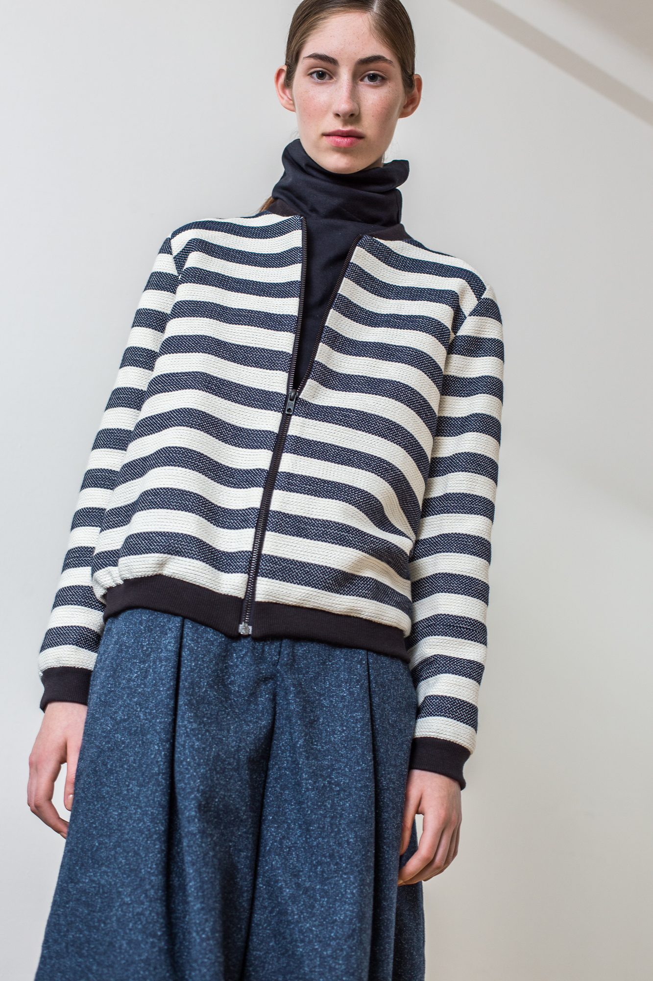 wearenotsisters_wrns_contour-jacket_01