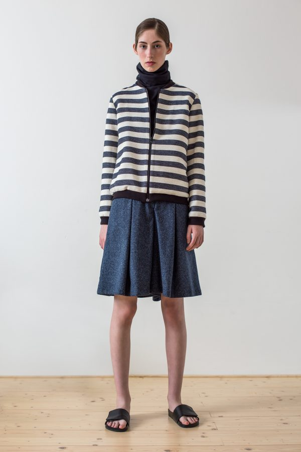 wearenotsisters_wrns_contour-jacket_02