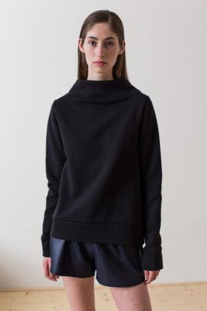 wearenotsisters_wrns_drop-sweatshirt_00