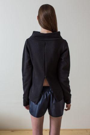 wearenotsisters_wrns_drop-sweatshirt_02