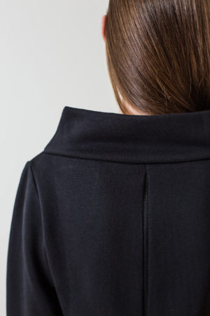 wearenotsisters_wrns_drop-sweatshirt_03