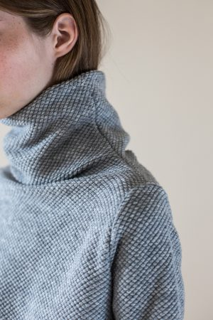 wearenotsisters_wrns_obstacle-sweater_03