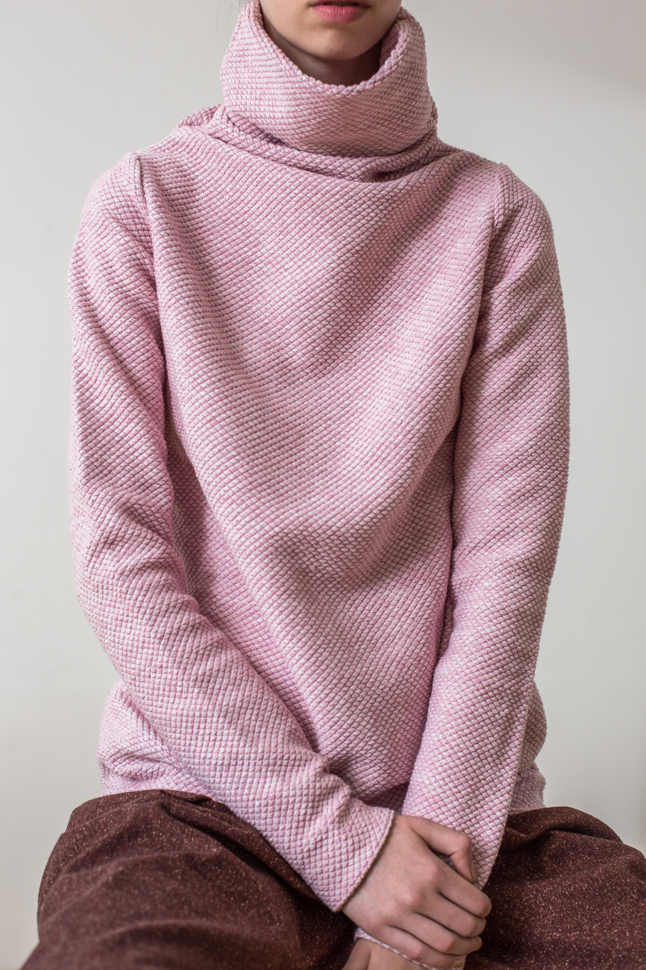 wearenotsisters_wrns_obstacle-sweater_06