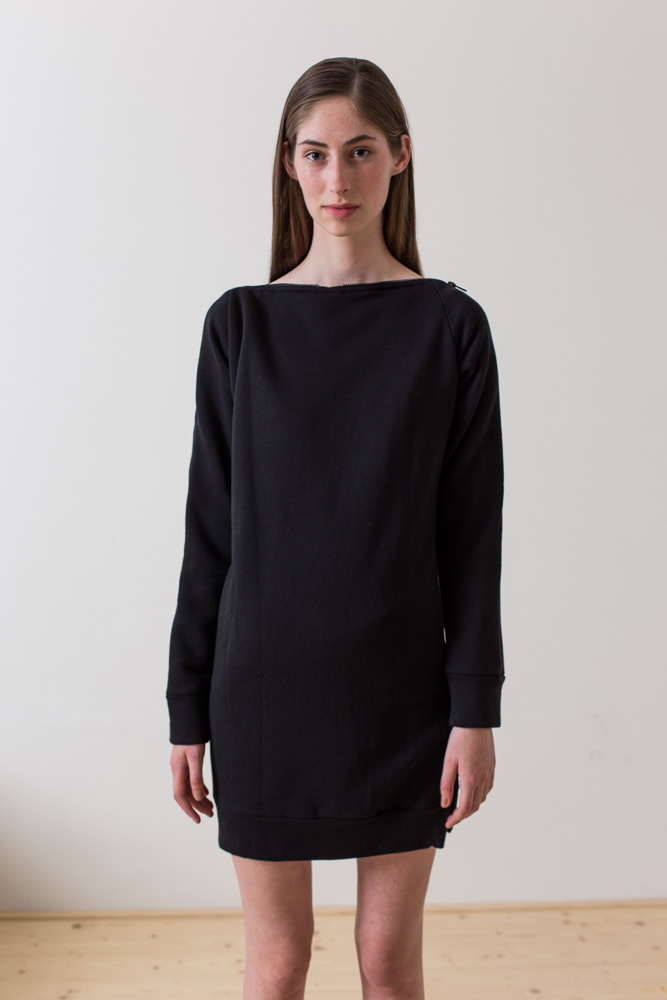 wearenotsisters_wrns_still-sweatshirt_00