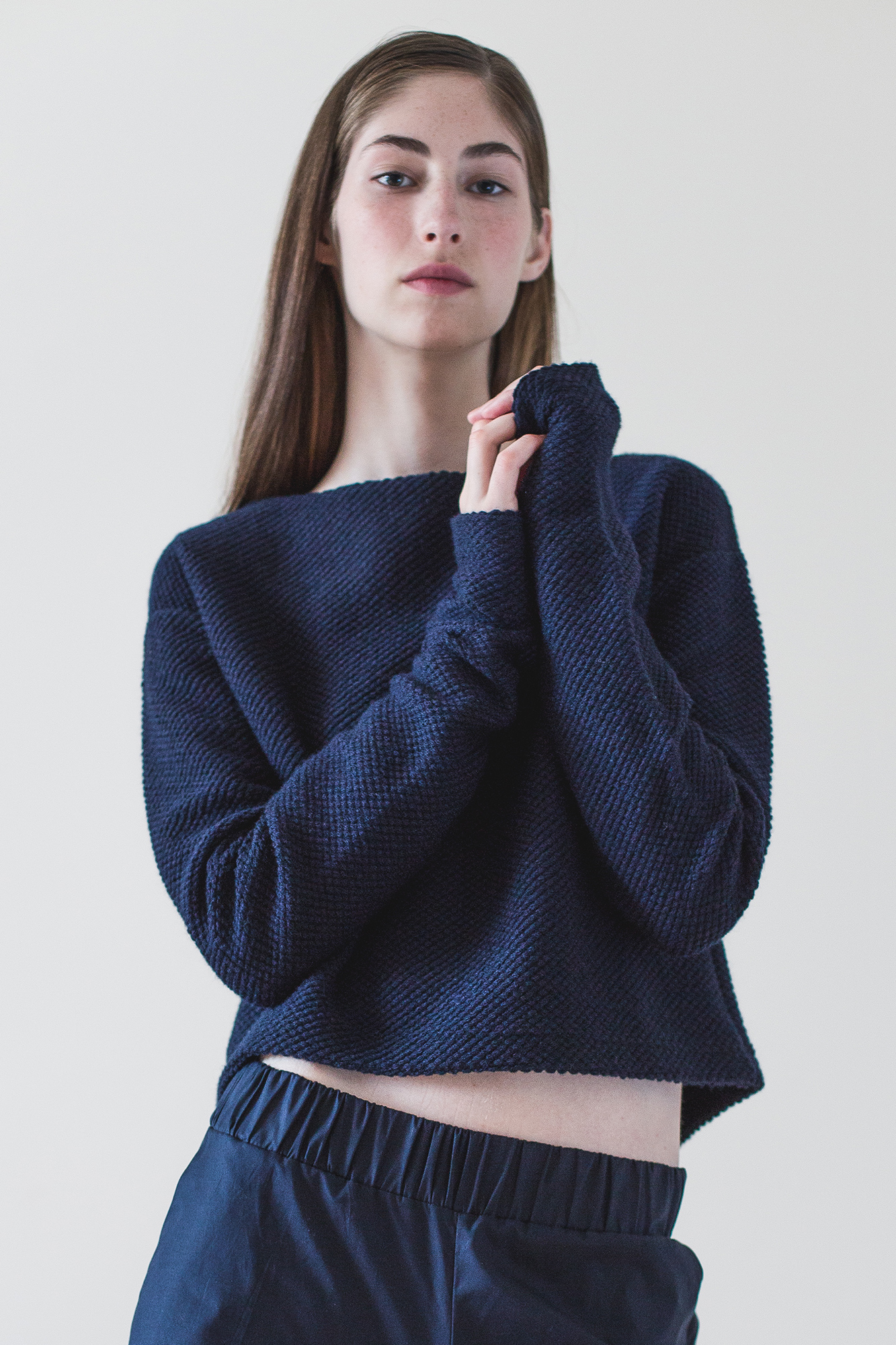 wearenotsisters_wrns_surveyor-sweater_01