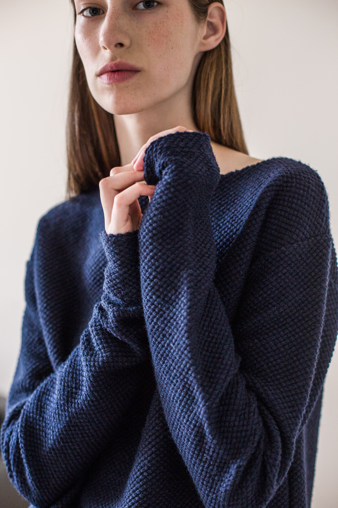 wearenotsisters_wrns_surveyor-sweater_03
