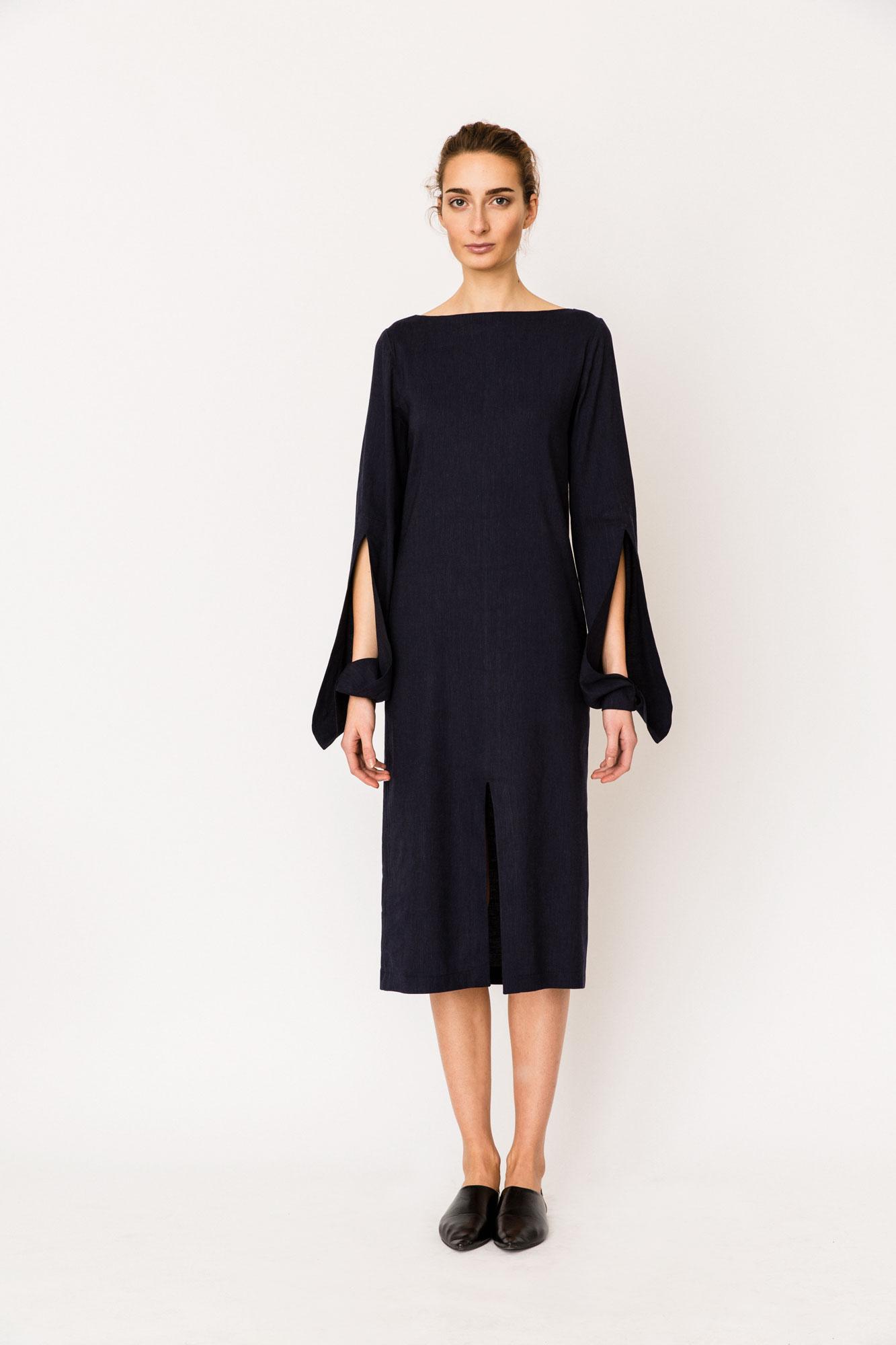 S18-10Public_Dress