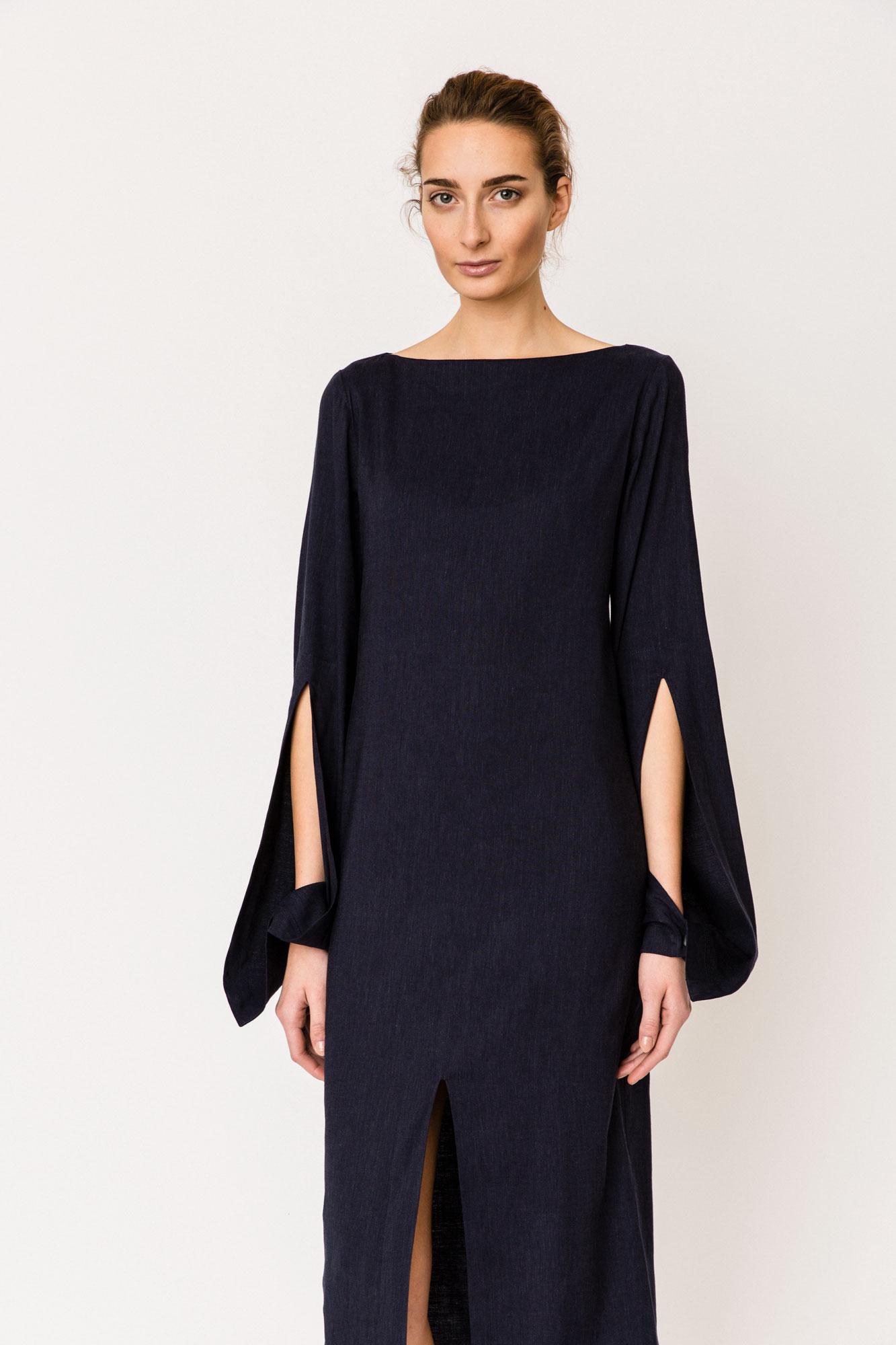 S18-10Public_Dress1
